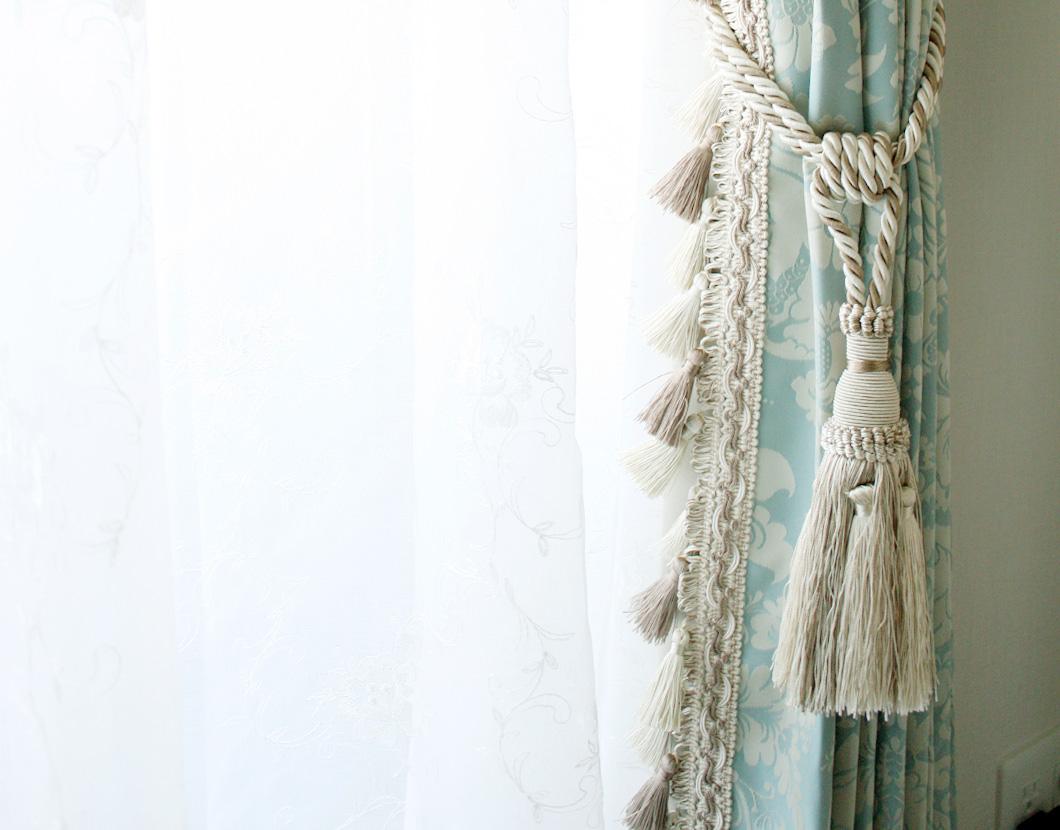 スワッグとドレープカーテンと刺繍ボイルレーススタイルカーテン
